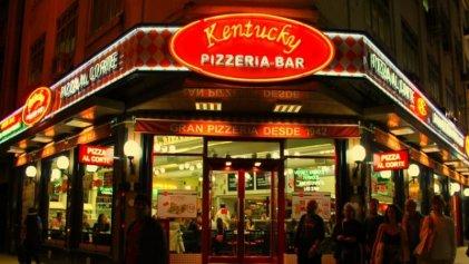 Precarización desde 1942: cómo es trabajar en la cadena de pizzerías Kentucky